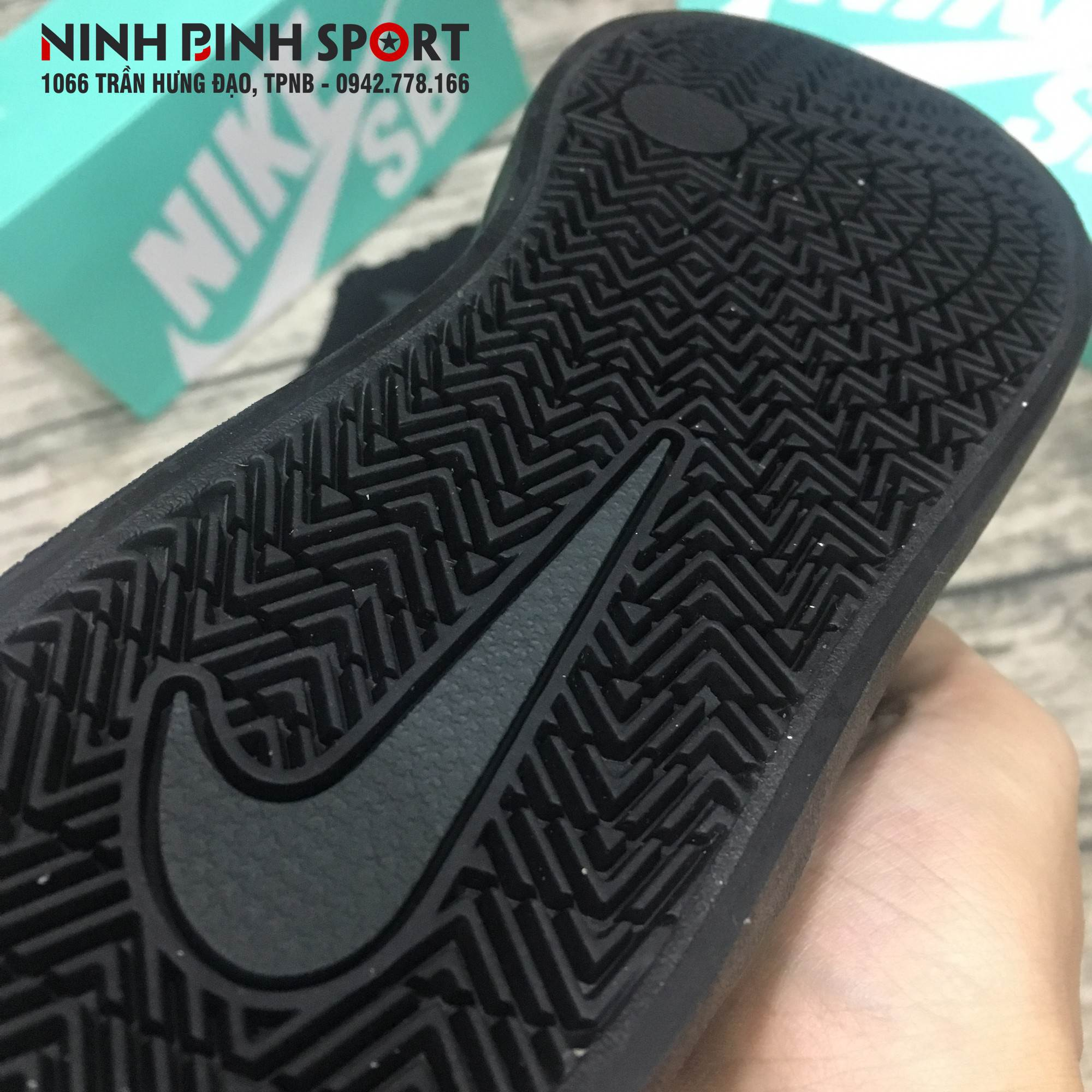 Giày thể thao nam Nike SB Check 843896-002