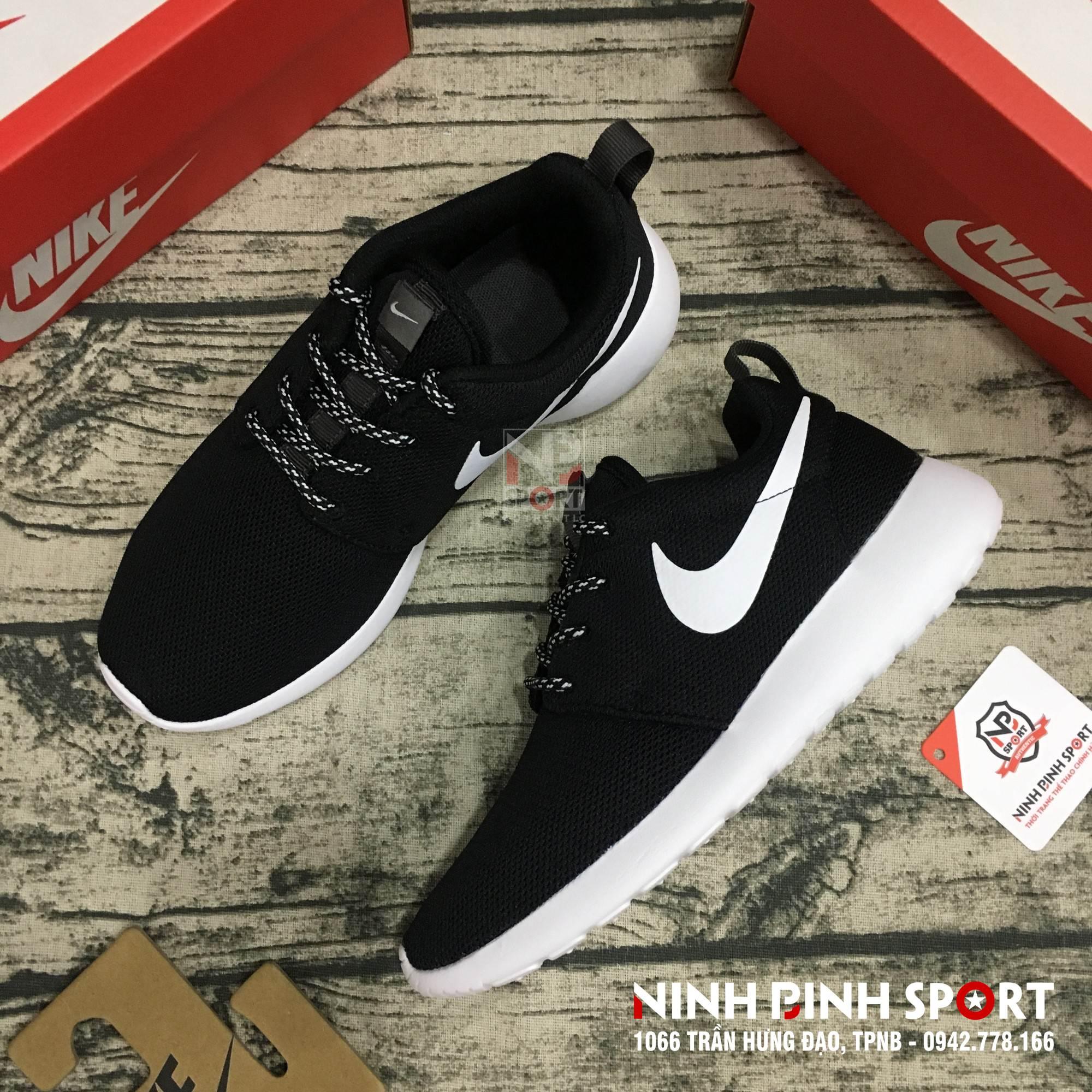 Giày thể thao nữ Nike Roshe One 844994-002