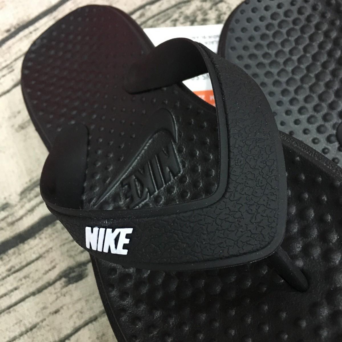 Tông thể thao nữ Nike Solay Thong 882699-002