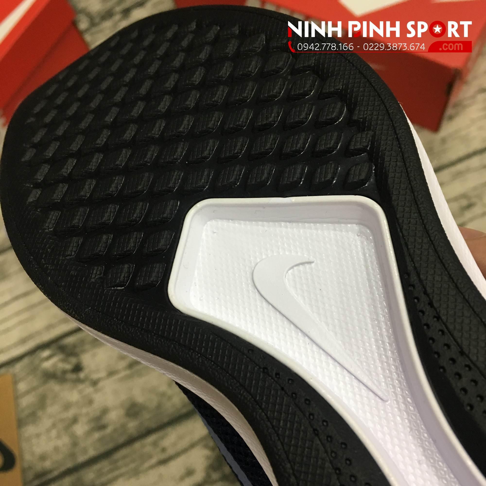 Giày thể thao nam Nike Dualtone Racer Conavy 918227-404