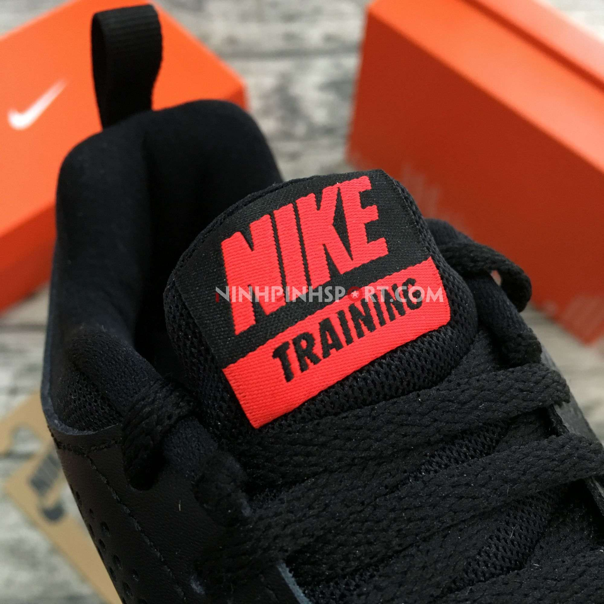 Giày thể thao nam Nike Legend Trainer 924206-060