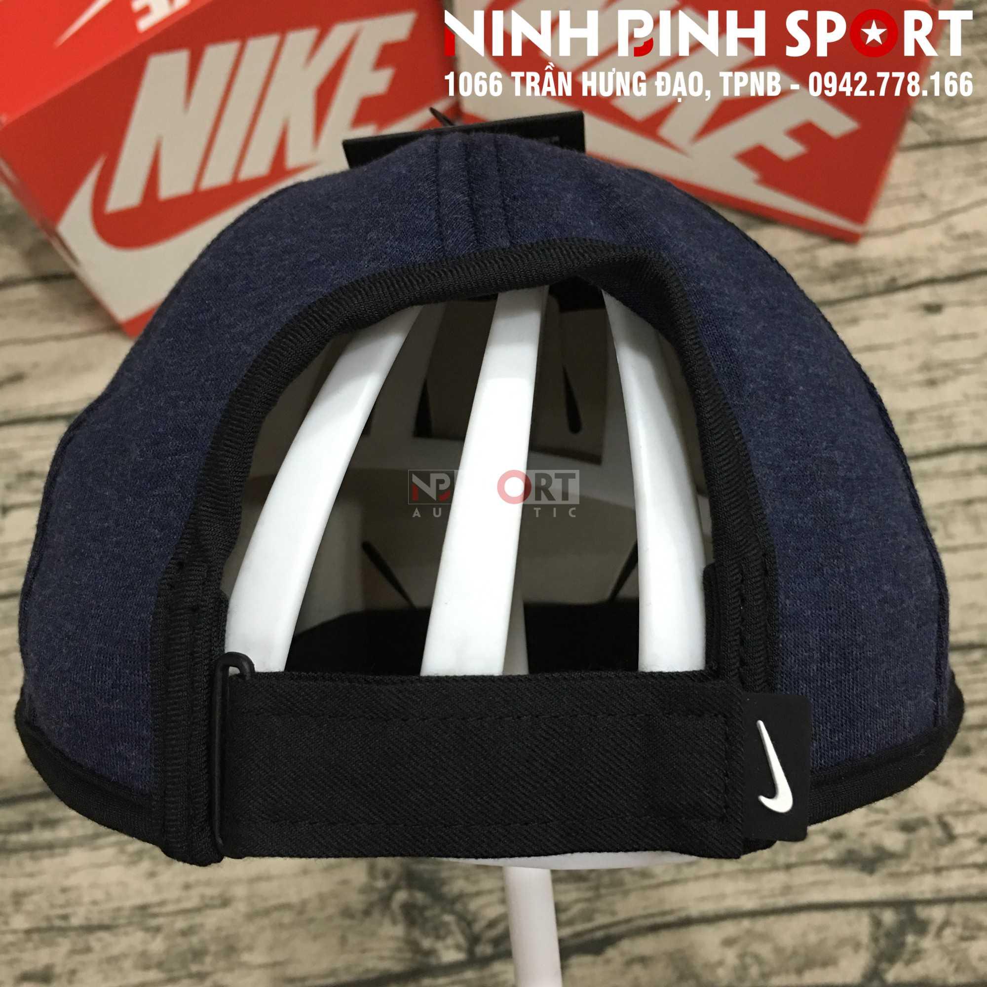 Mũ thể thao nam Nike AeroBill Featherlight Premium Conavy 932472-473