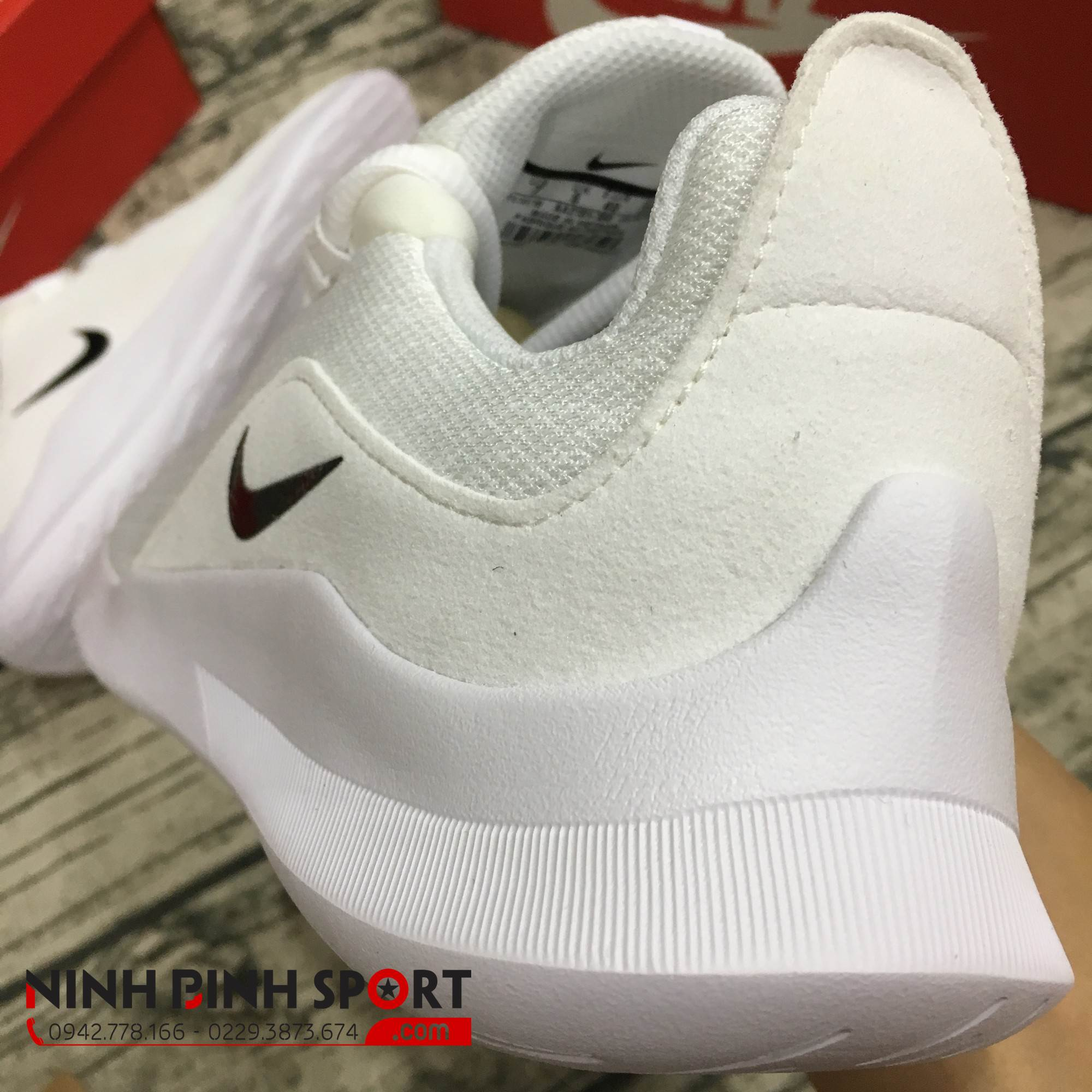 Giầy thể thao nam Nike Viale Sneakers AA2181-100