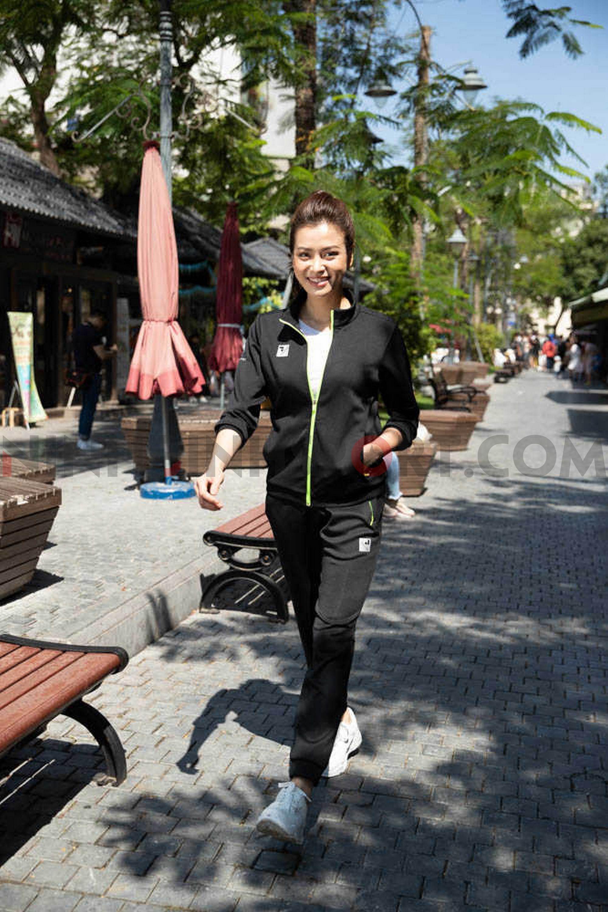 Áo khoác thể thao nữ Donex ADE-144-08