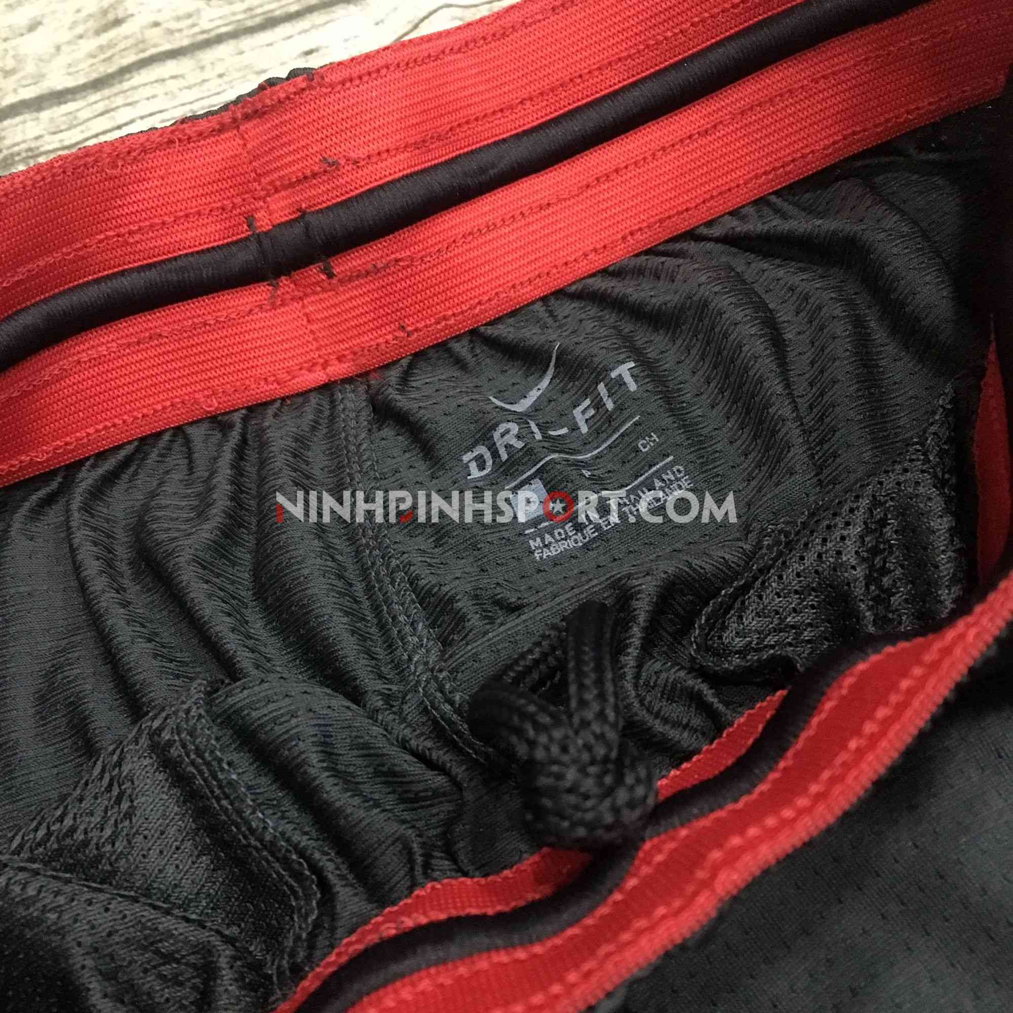 Quần thể thao nam Nike Courtlines Printed AJ3907-060