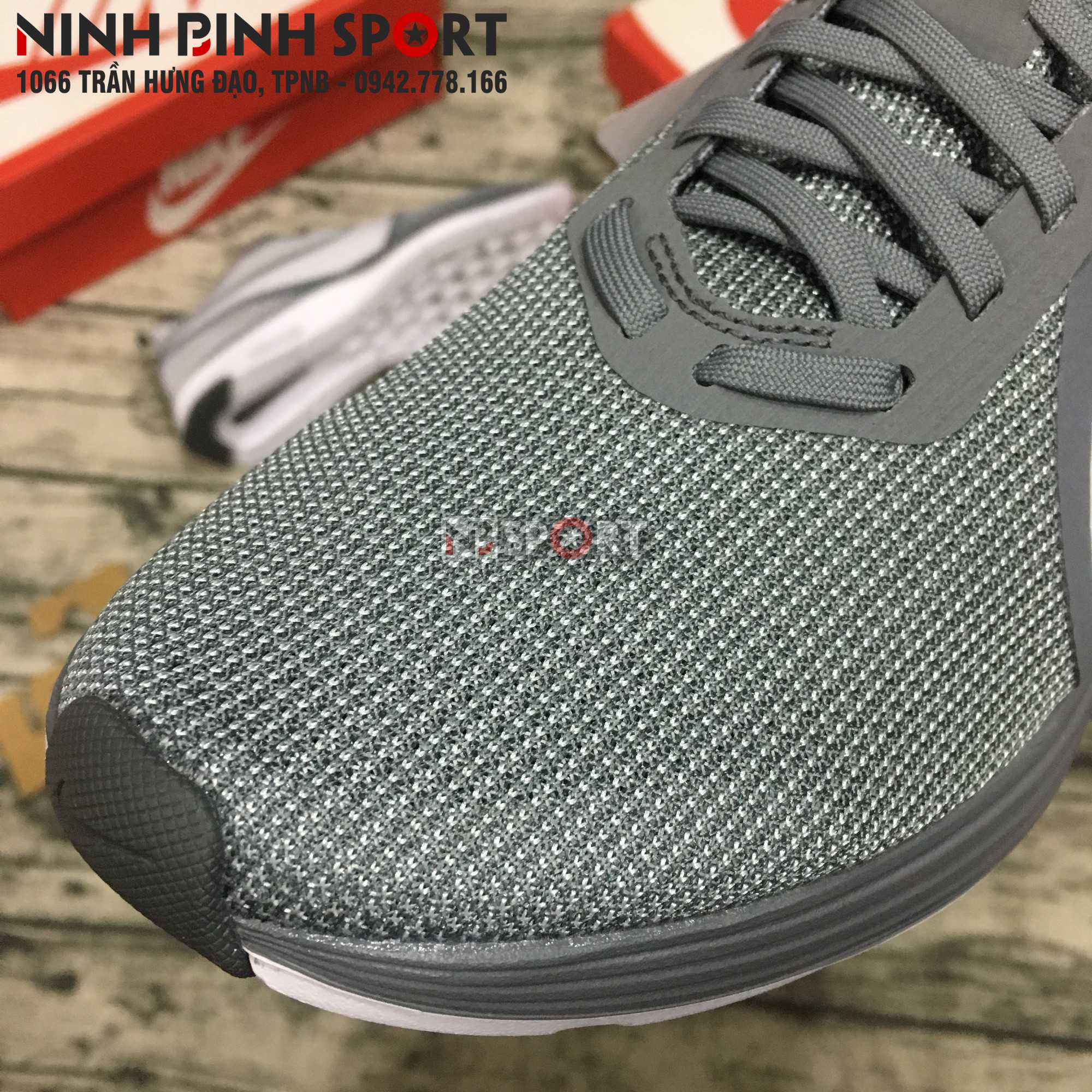 Giầy thể thao nam Nike  Zoom Strike 2 AO1912-010