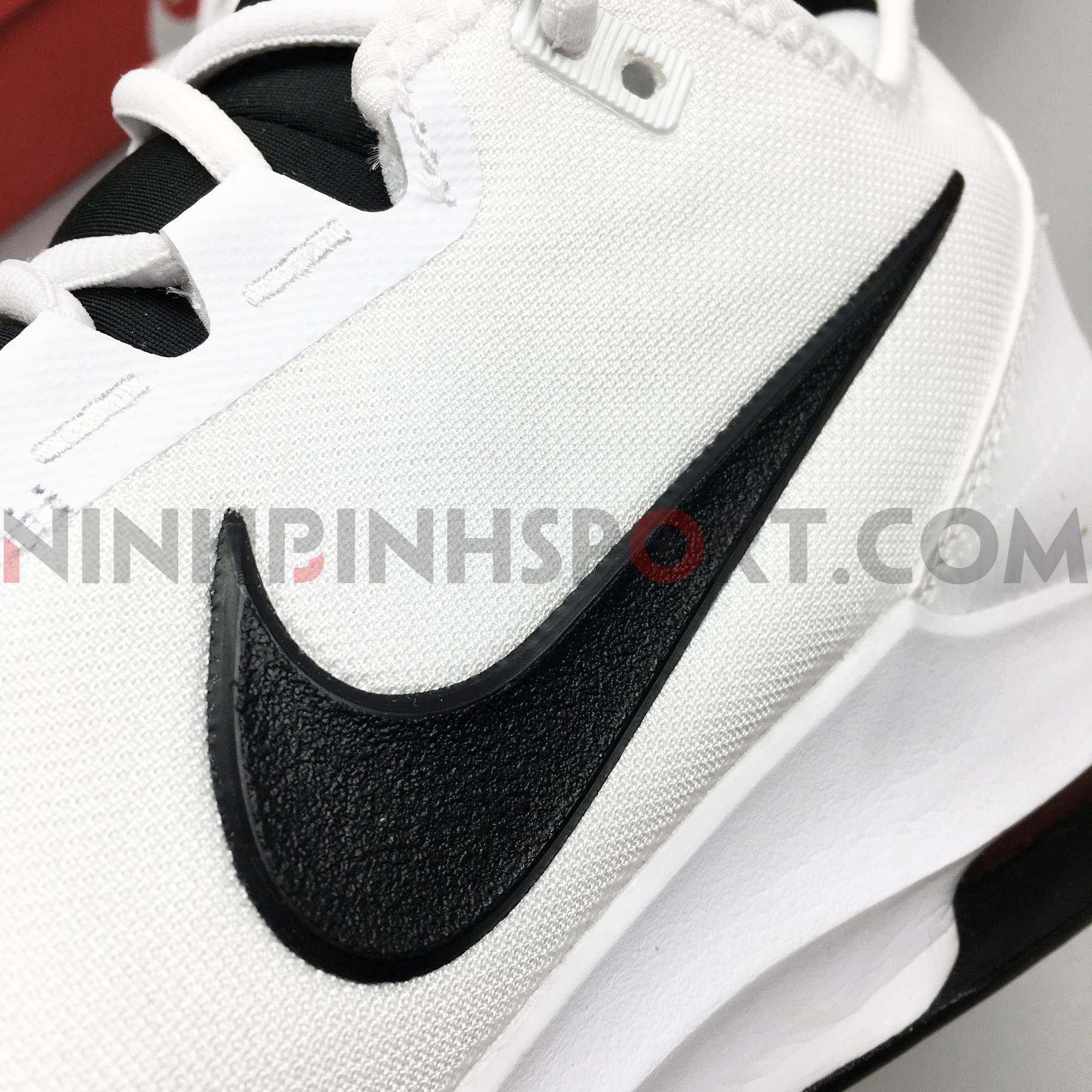 Giầy thể thao nam Nike Court Air Max Wildcard AO7351-100