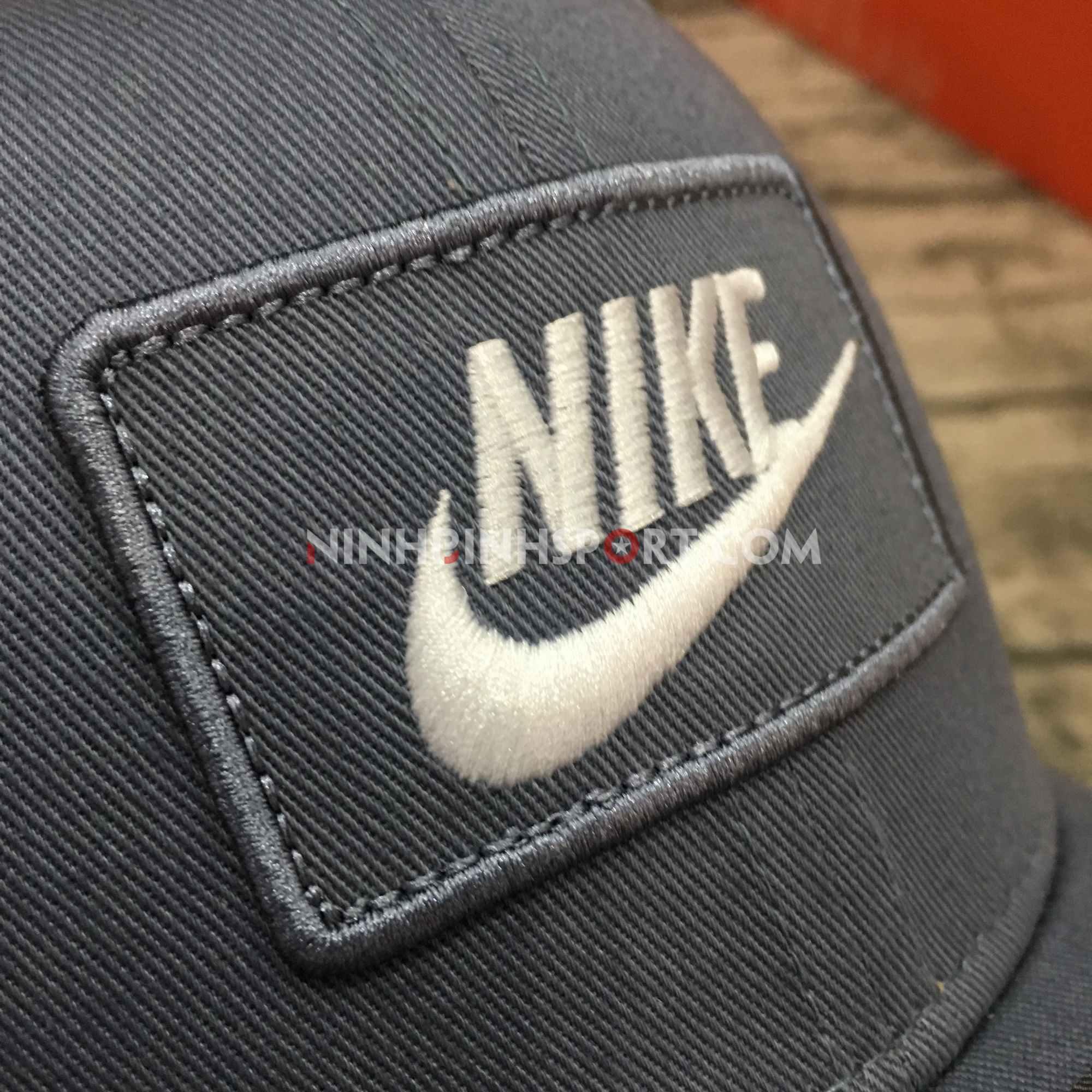 Mũ thể thao nam Nike Classic 99 Trucker AQ9879-490