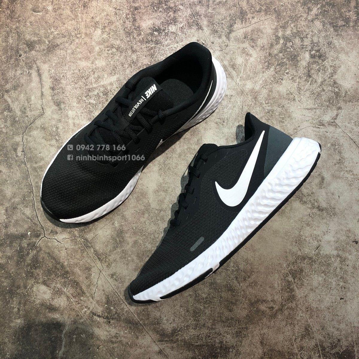Giầy thể thao nam Nike Revolution 5 BQ3204-002