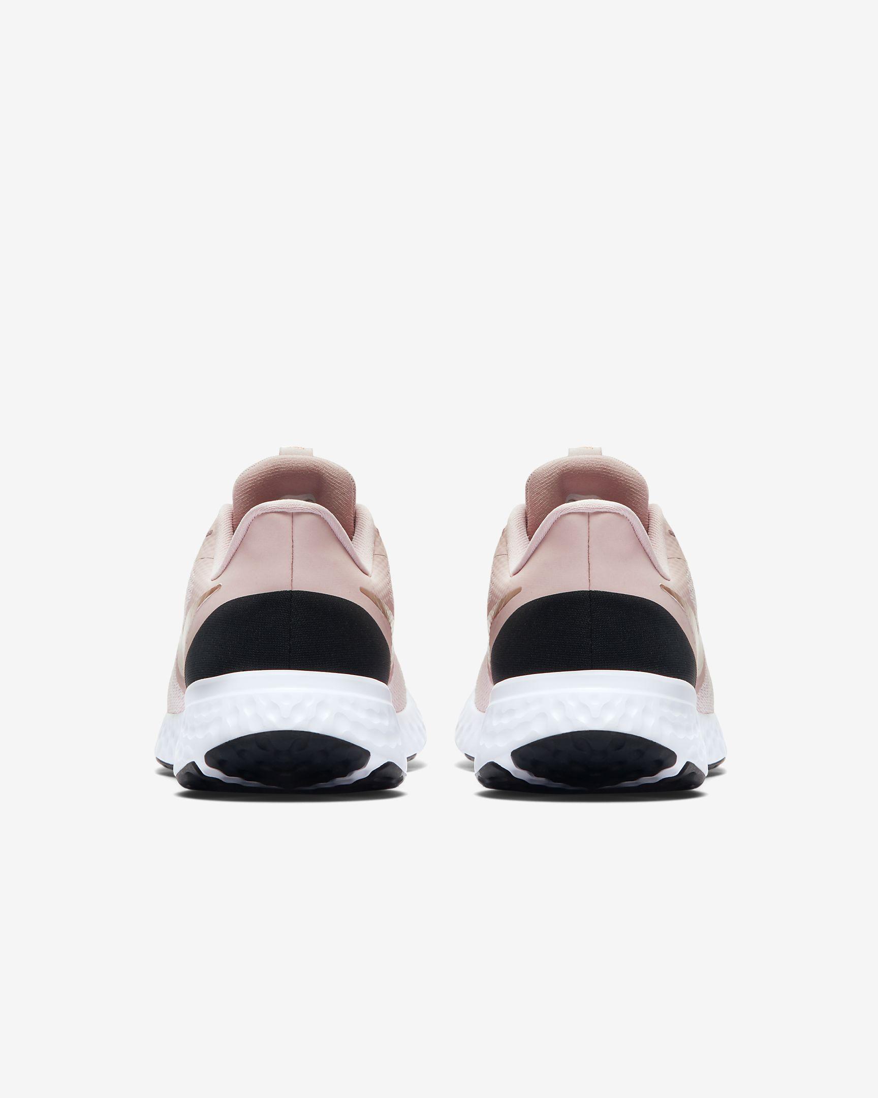 Giày thể thao nữ Nike Revolution 5 W BQ3207-600