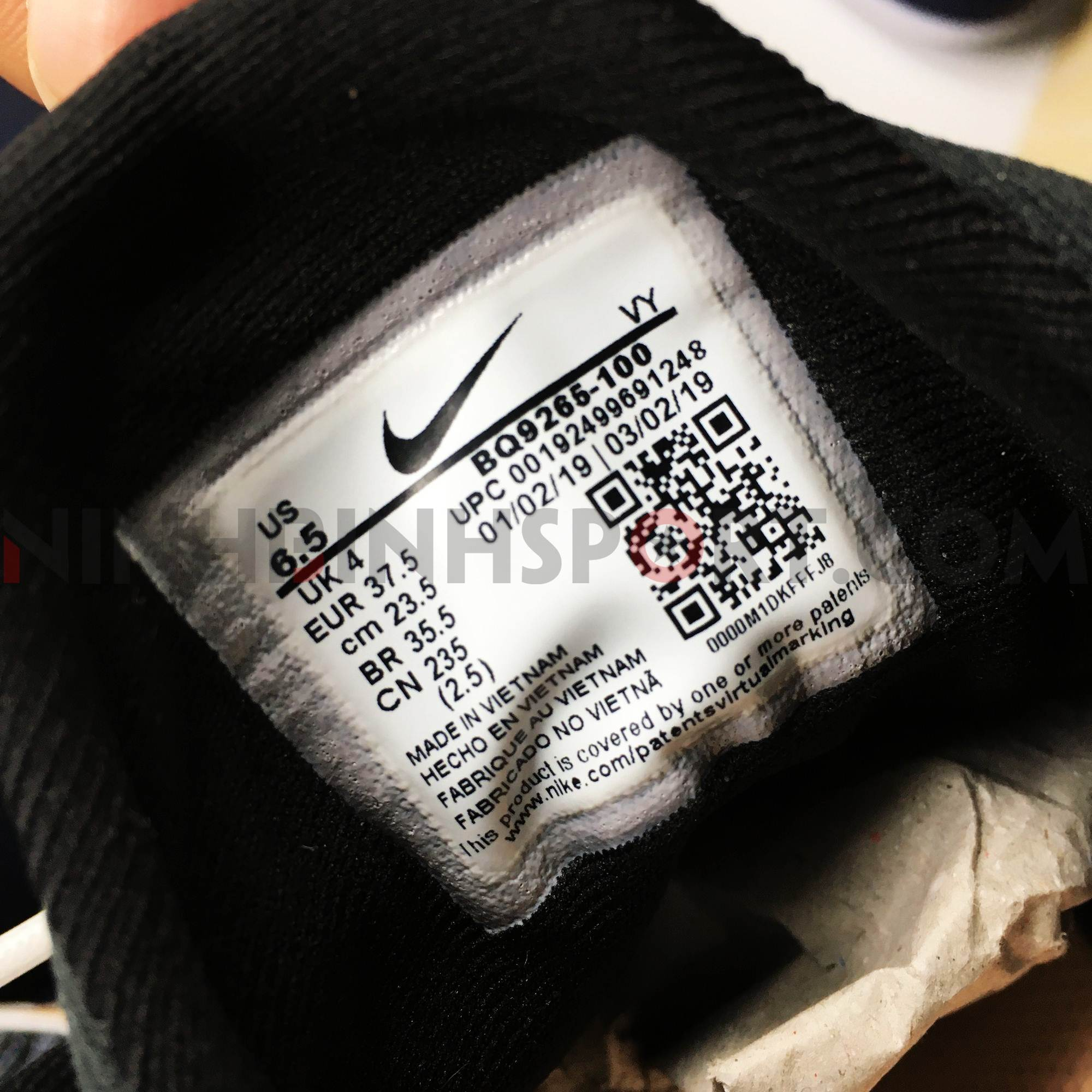 Giầy thể thao nữ Nike Renew Arena SE BQ9265-100
