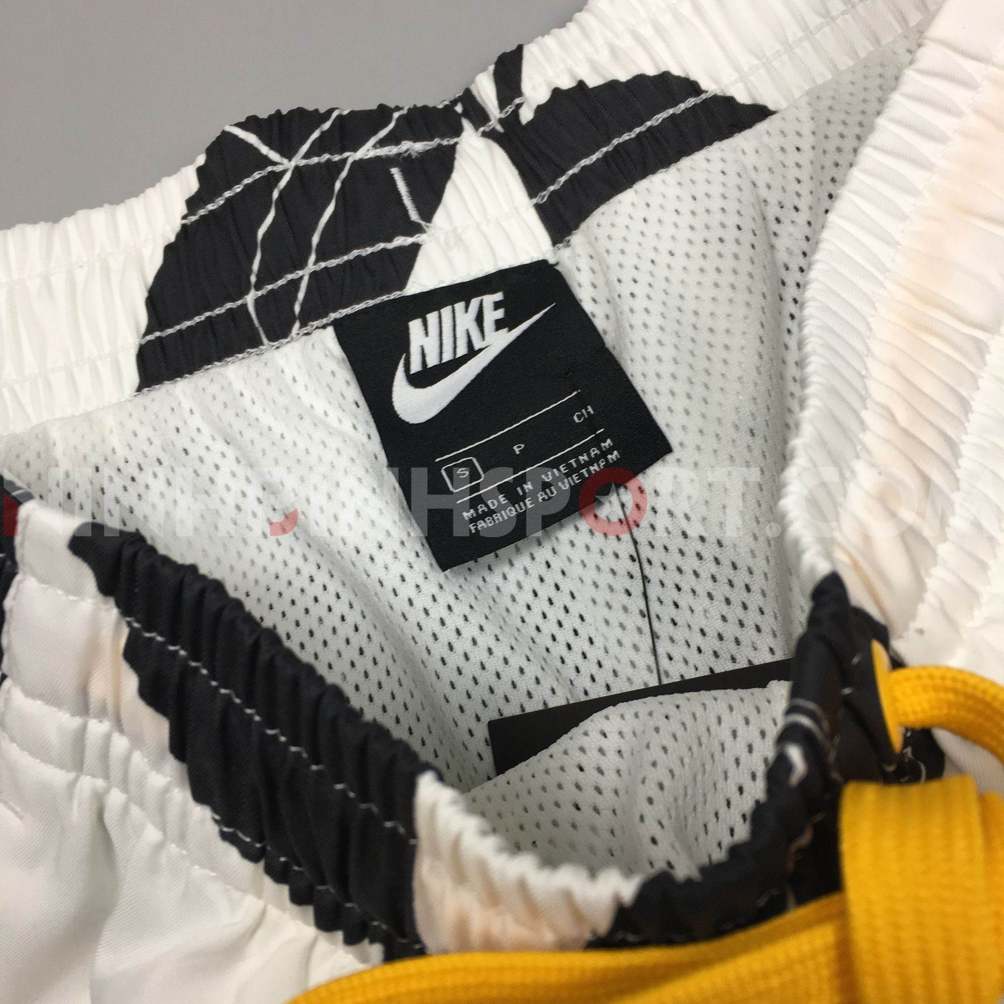 Quần thể thao nam Nike Sportswear Floral BV3648-100