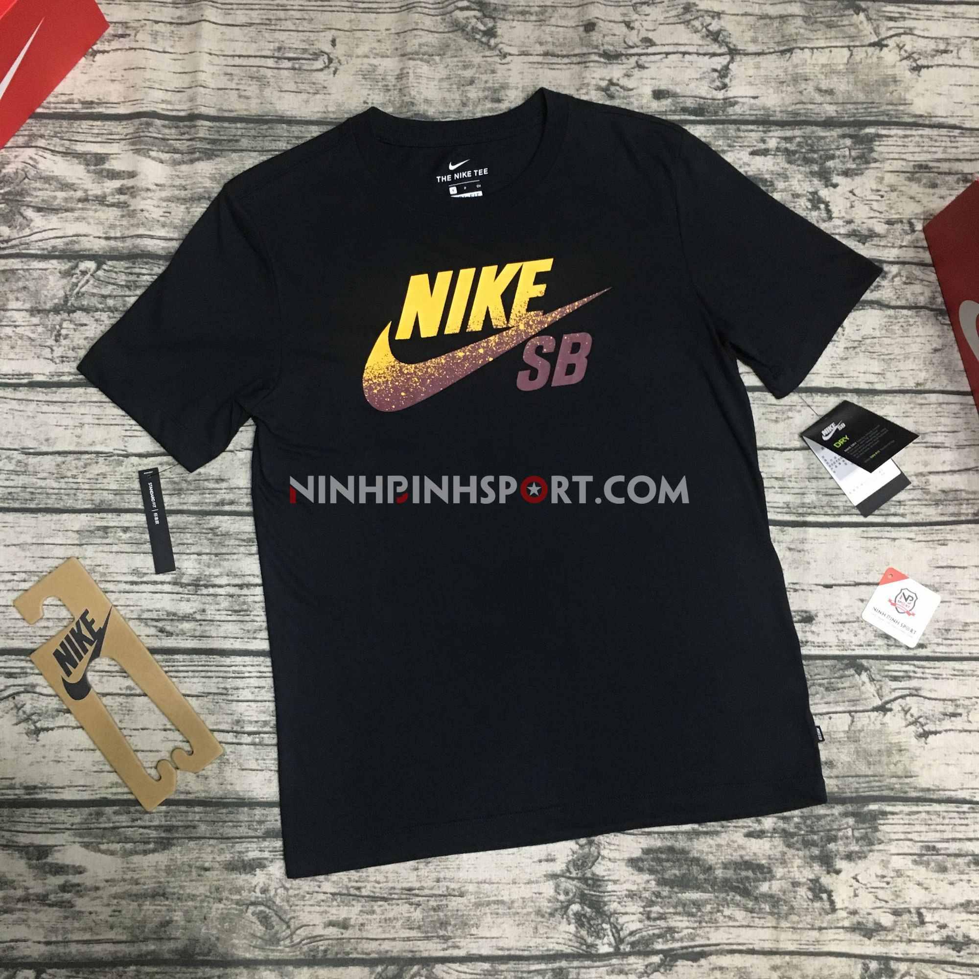 Áo thể thao nam Nike SB Dri-FIT Logo Skate Black BV7434-011