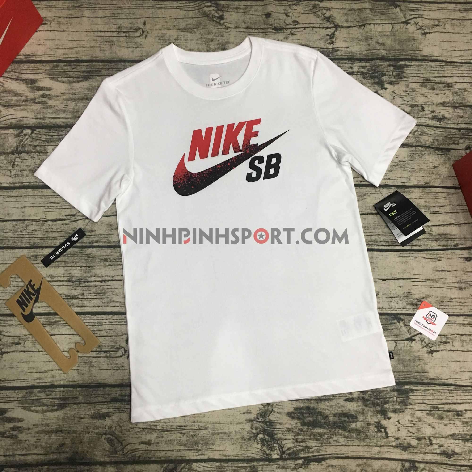 Áo thể thao nam Nike SB Dri-FIT Logo Skate White BV7434-101