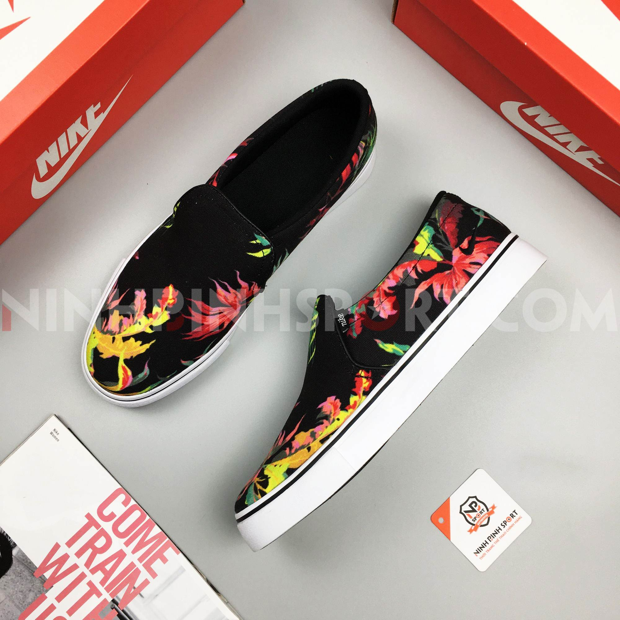 Giầy thể thao nam Nike Court Royale AC SE Slip-On CD8337-001