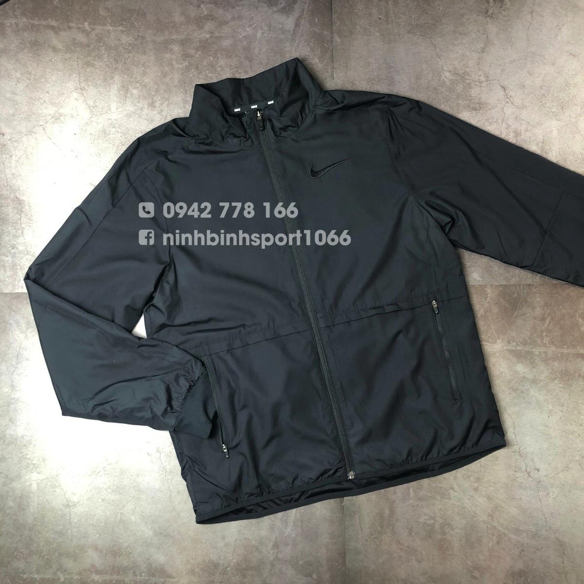 Áo khoác thể thao nam Nike Woven Insulated Jacket CU6739-010
