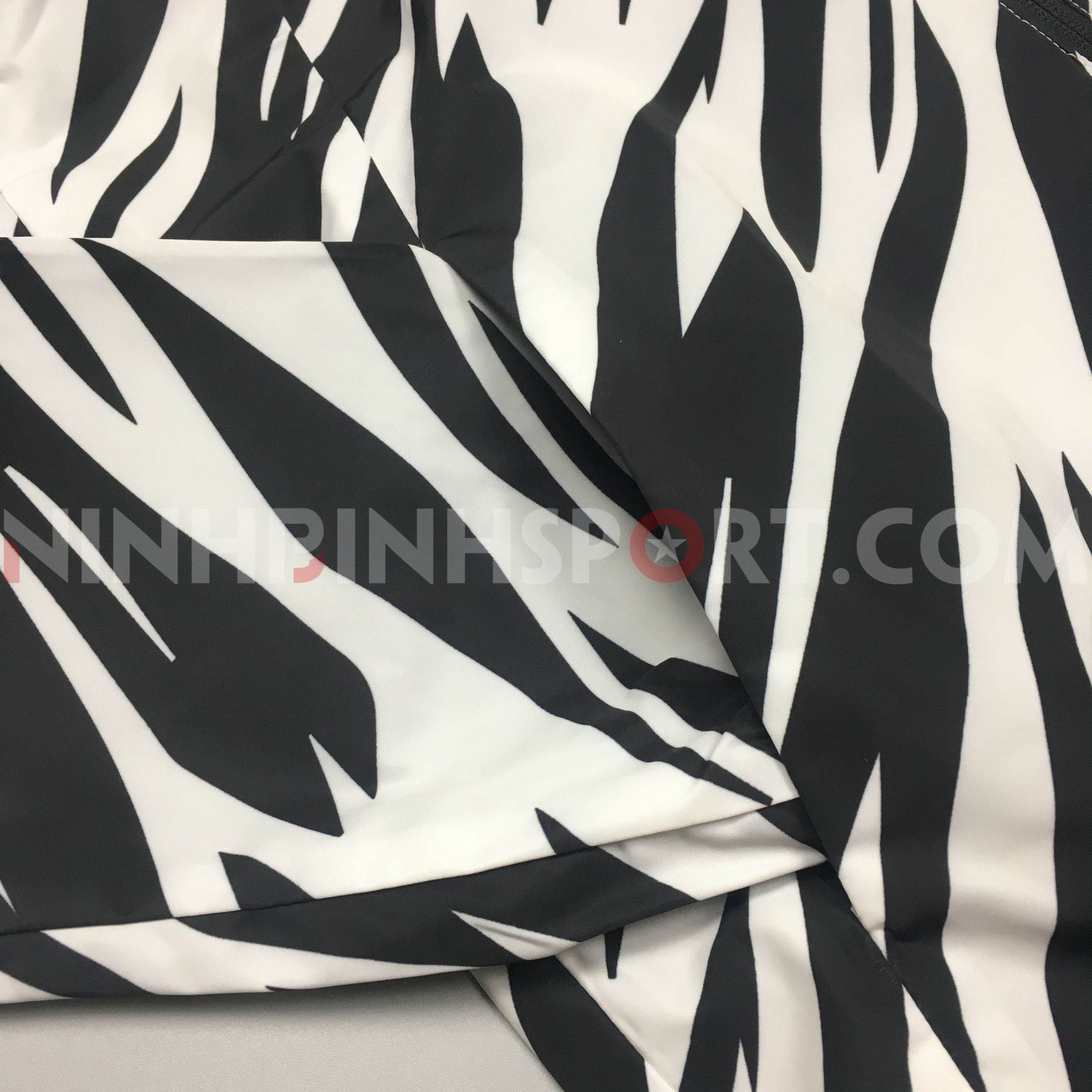 Áo khoác thể thao nam Adidas Fav Mesh L Wb CV6933