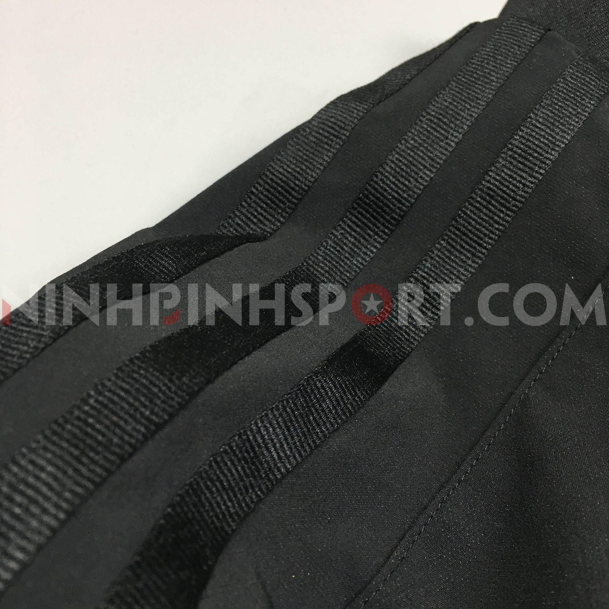Áo khoác thể thao nam Adidas WV Bomb Black - CZ5916