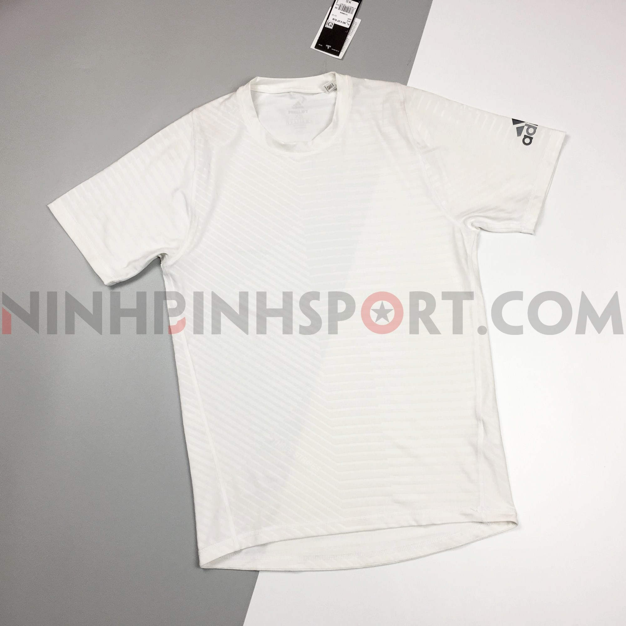 Áo thể thao nam Adidas FreeLift 360 Subtle Graphic DU1187