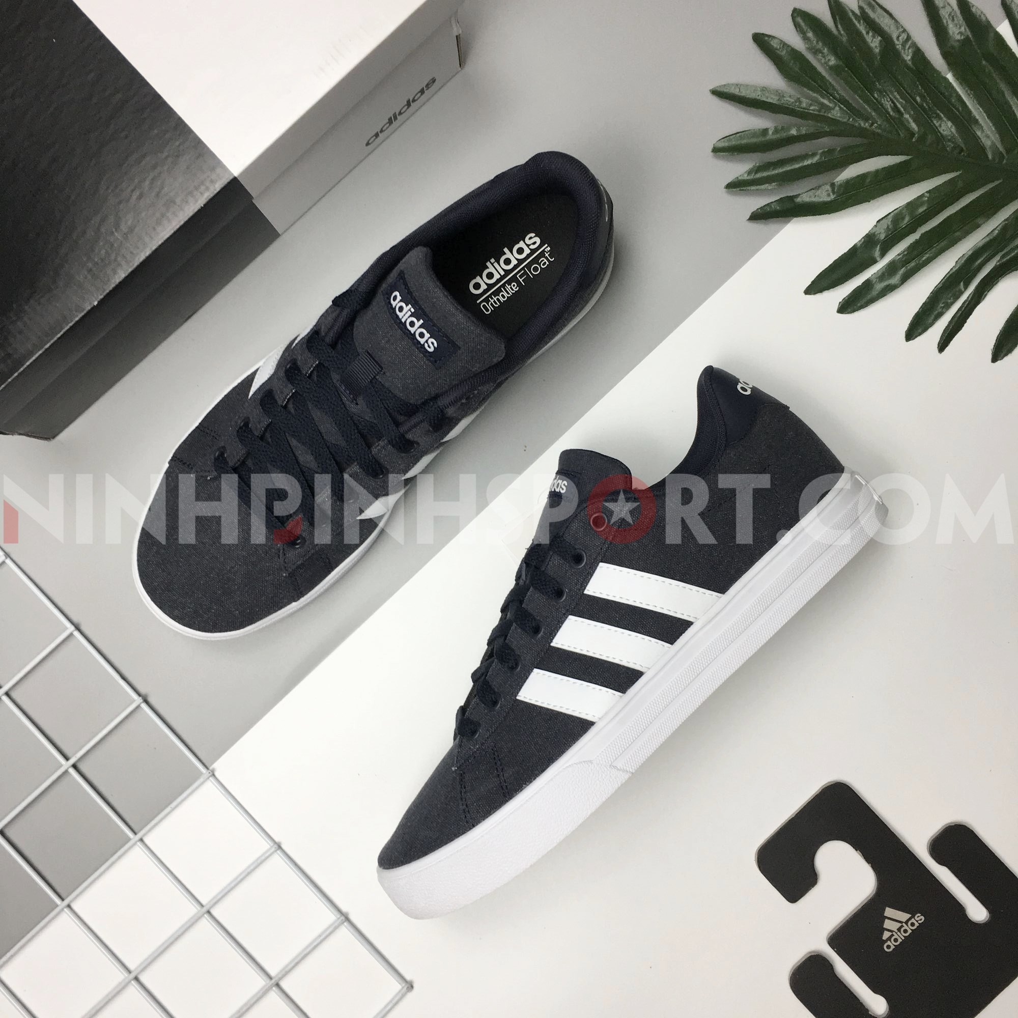 Giày thể thao nam Adidas Daily 2.0 Blue F34557