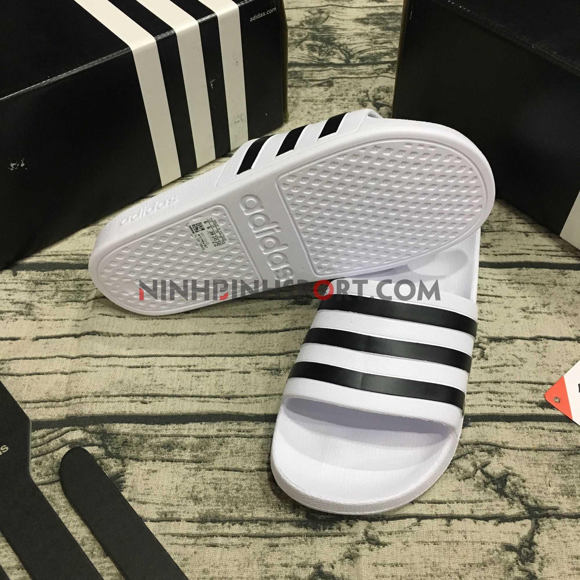 Dép thể thao nam Adidas Adilette Aqua Slides F35539