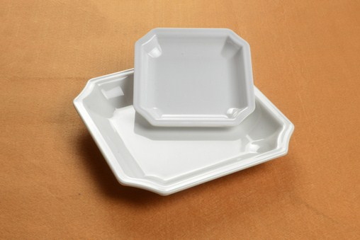 Bát đĩa nhựa