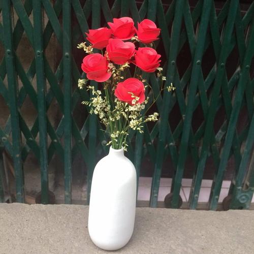 Bình hoa hồng đỏ dáng thuôn_QC25