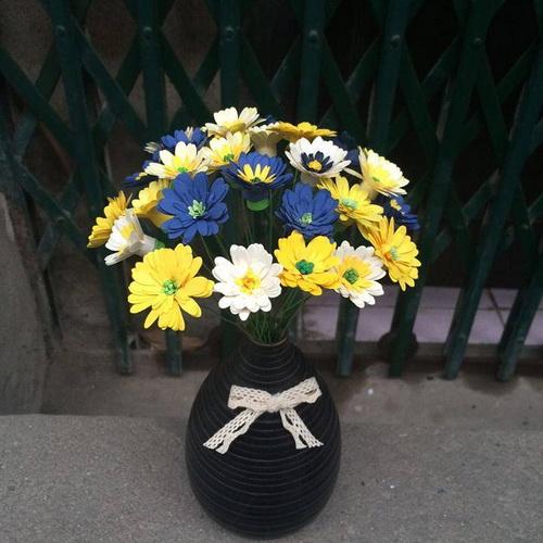 Bình gốm đen hoa cúc_QC28