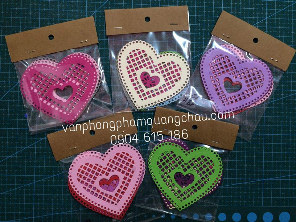 Túi 4 họa tiết tim ren 8cm_HTT65