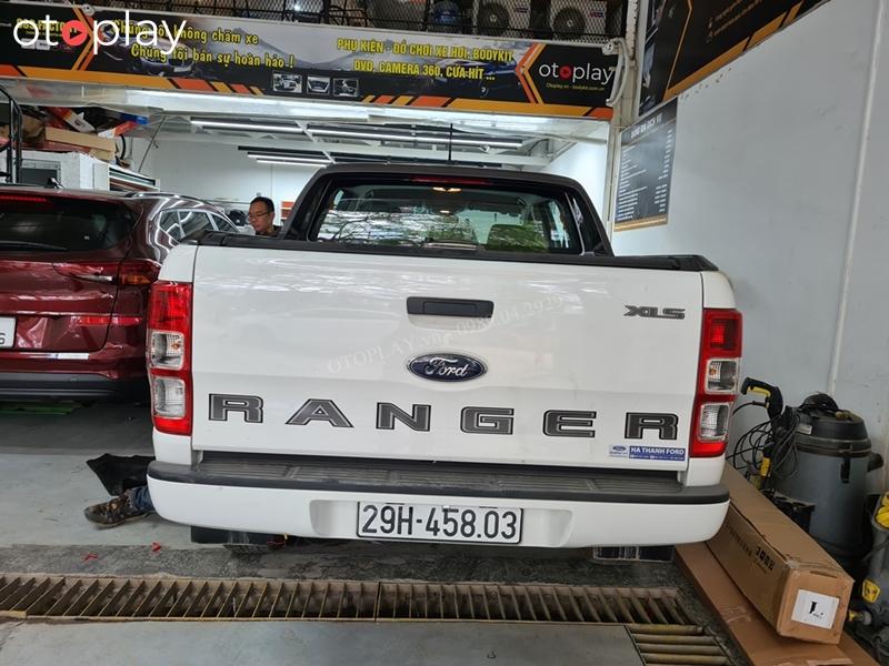Xe Ranger lắp camera lùi tại OTOPLAY