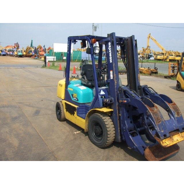Xe nâng kẹp cuộn giấy hiệu KOMATSU. Model: FG20C-14. S/N: 559919