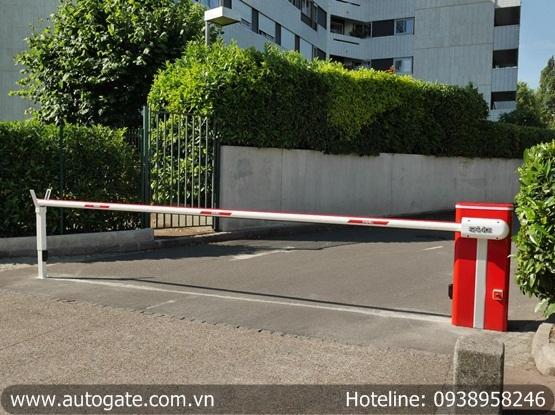 Barrier FAAC - Ý, cần 7m (B680)