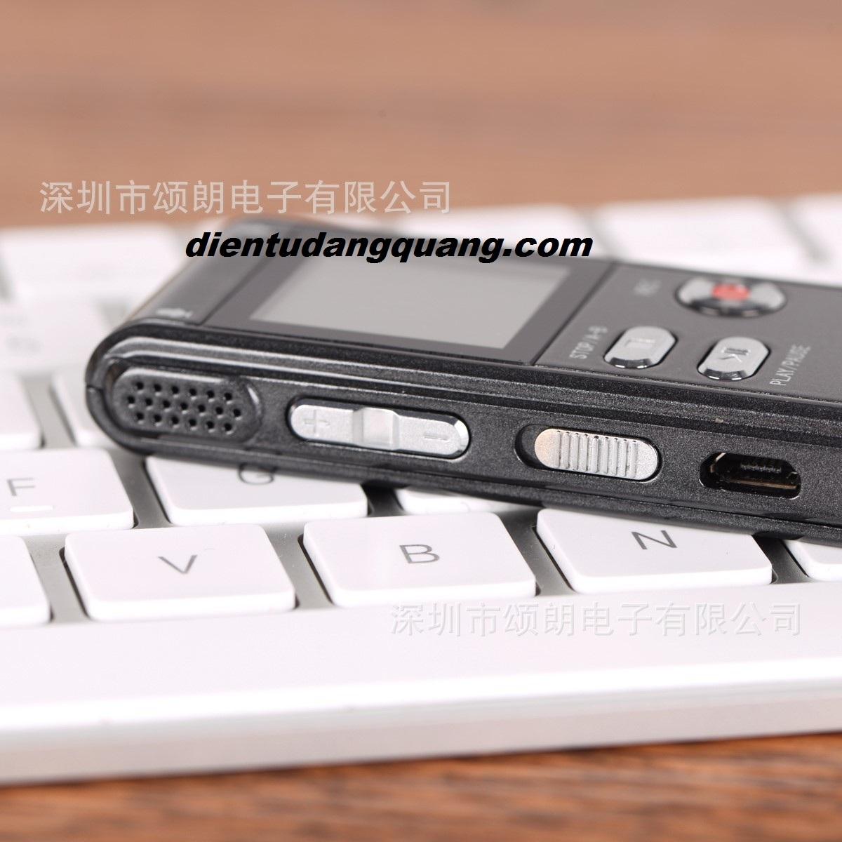 Mẫu ghi âm RV09 8GB giá rẻ, bền, nhỏ gọn, cao cấp RV16 bộ nhớ 16gb có lọc âm.  May-ghi-am-2