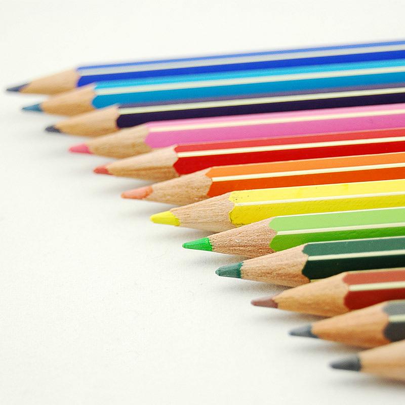 Bút chì màu gỗ 24 màu Magic Star