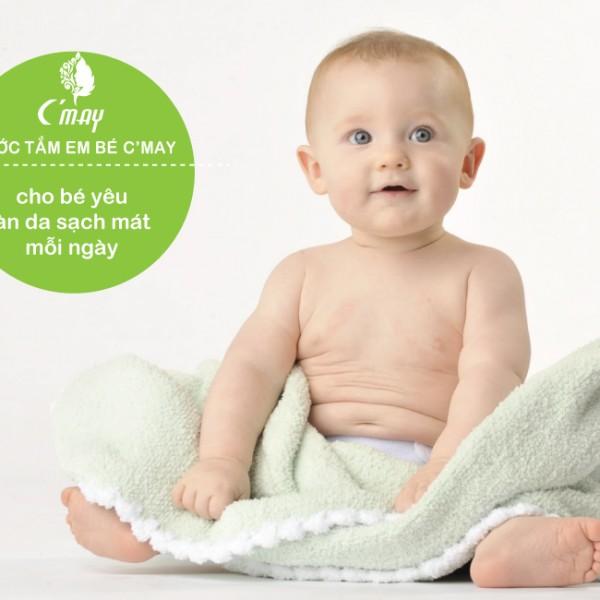 Nước tắm em bé Baby wash Cỏ May