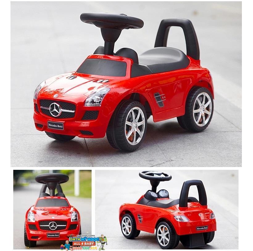 Xe chòi chân Mercedes 332