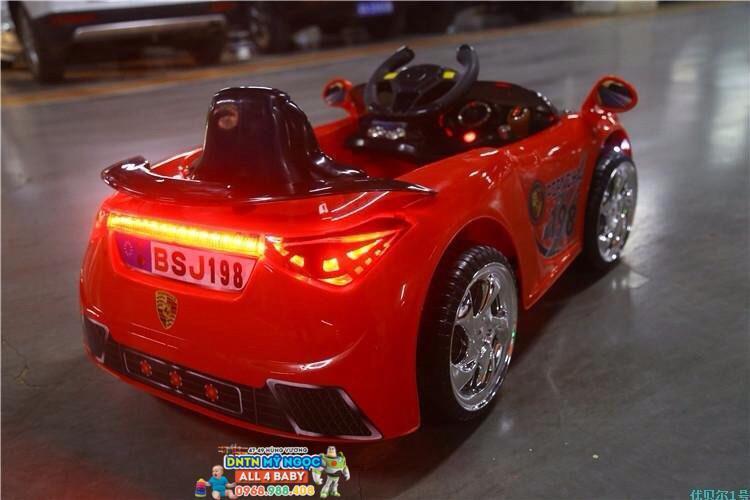 Xe ôtô điện trẻ em BSJ 198