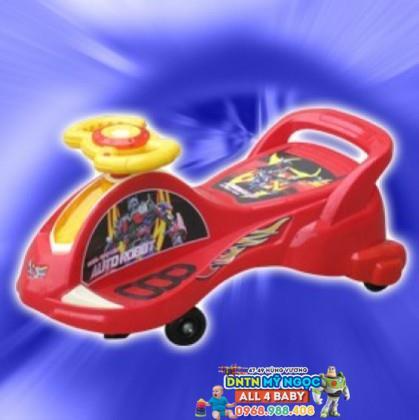 Xe lắc tay NCL đại phi thuyền siêu nhân