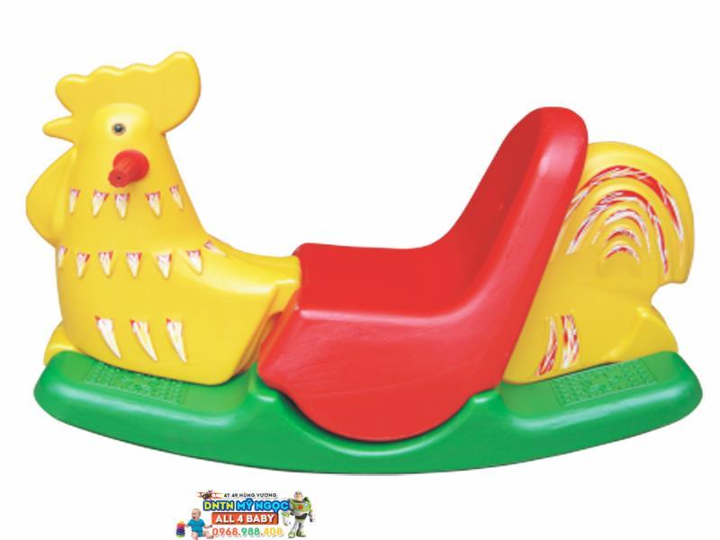 Xe bập bênh Hoàng Thành con gà
