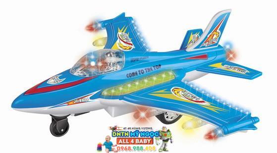 Máy bay điều khiển chim ưng chiến 9914