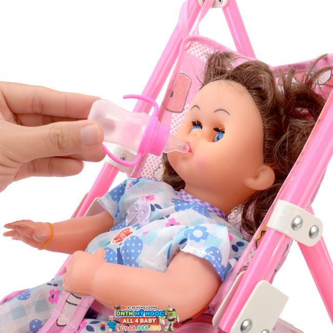Đồ chơi xe đẩy búp bê cho bé gái