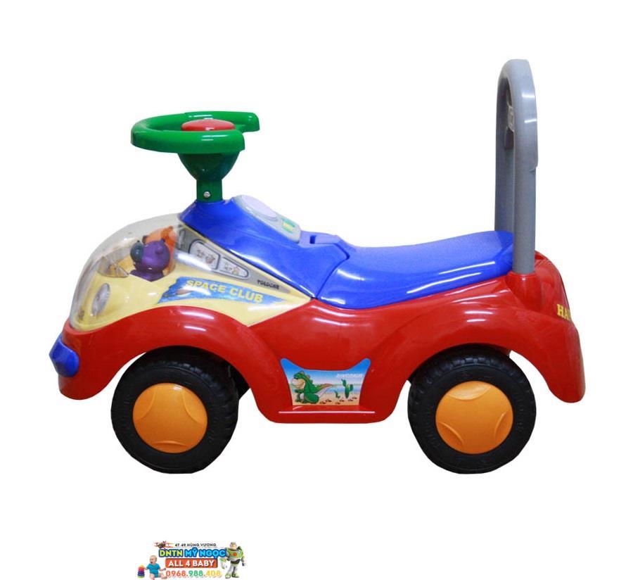 Xe chòi chân hình ôtô 2108