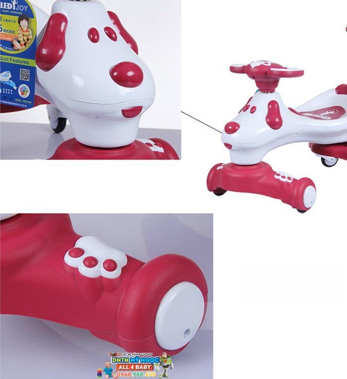 Xe lắc tay trẻ em hình con chó T6