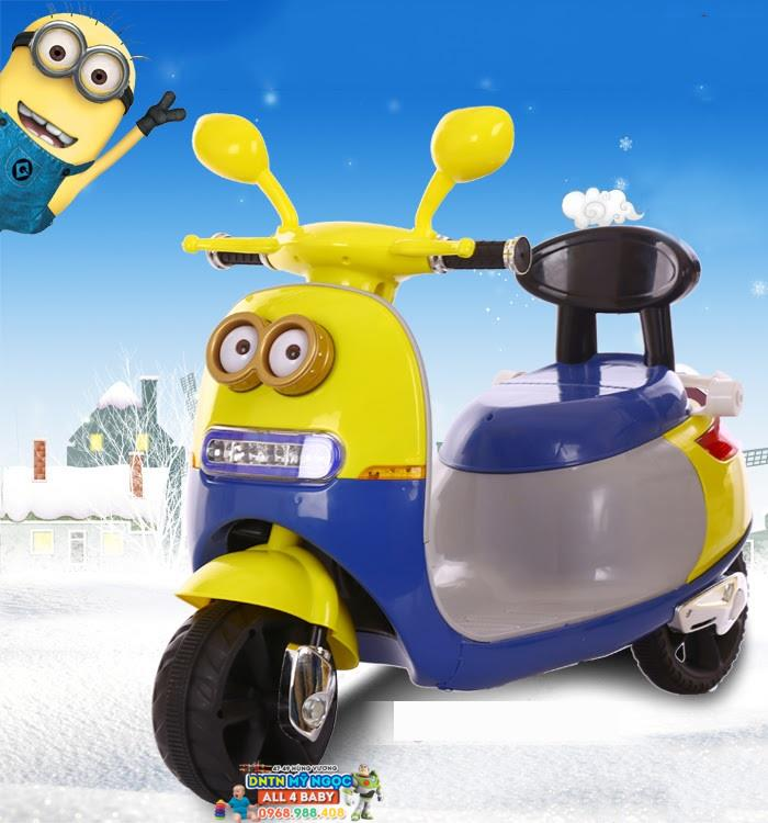 Xe môtô điện trẻ em Vespa Minions 1