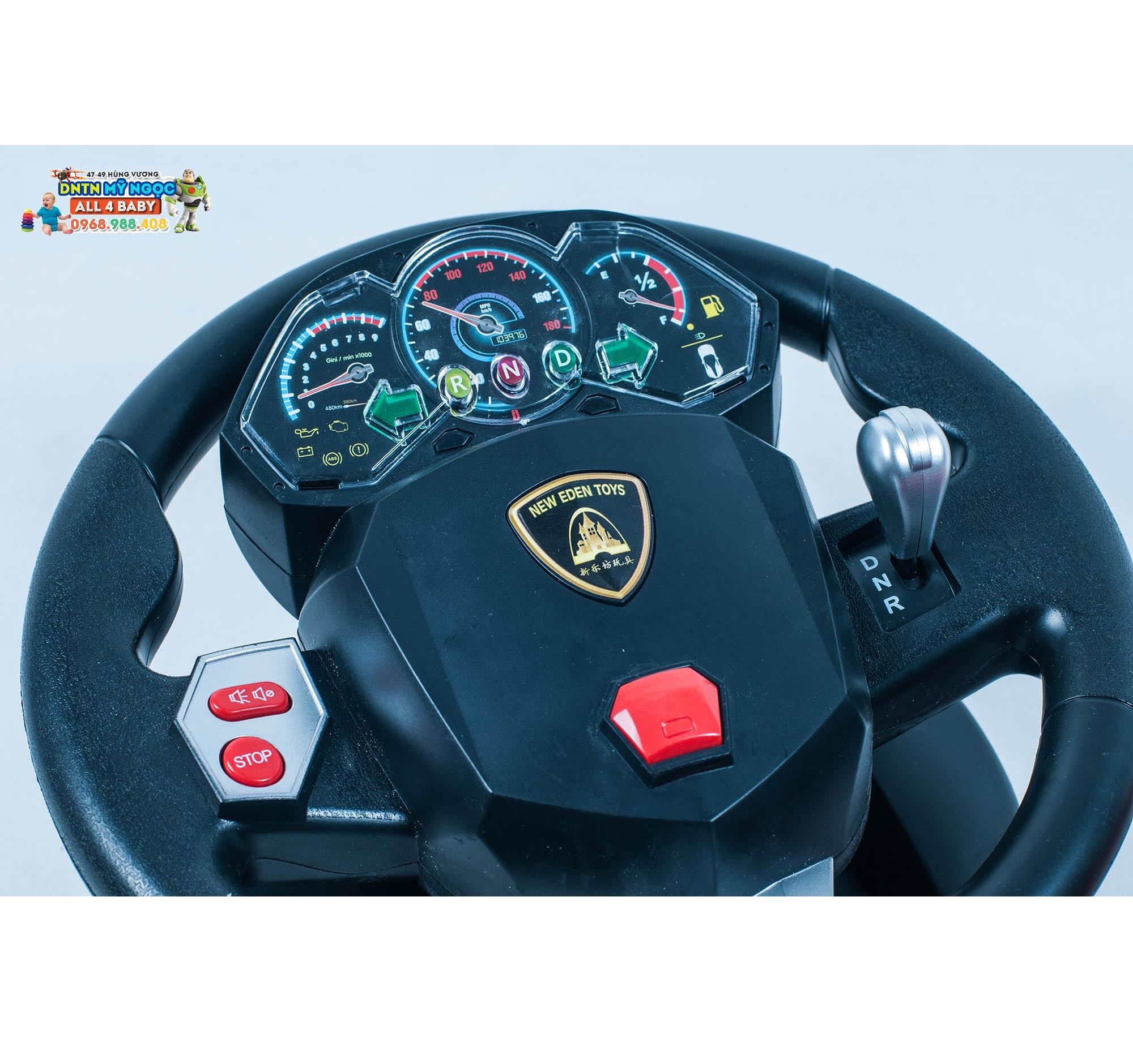 Xe ôtô điều khiển từ xa Ferrarri vô lăng 1:10 (có sạc) 883B