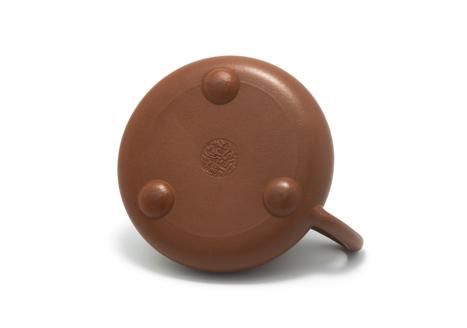 Thạch Biều Chu nê khắc chữ