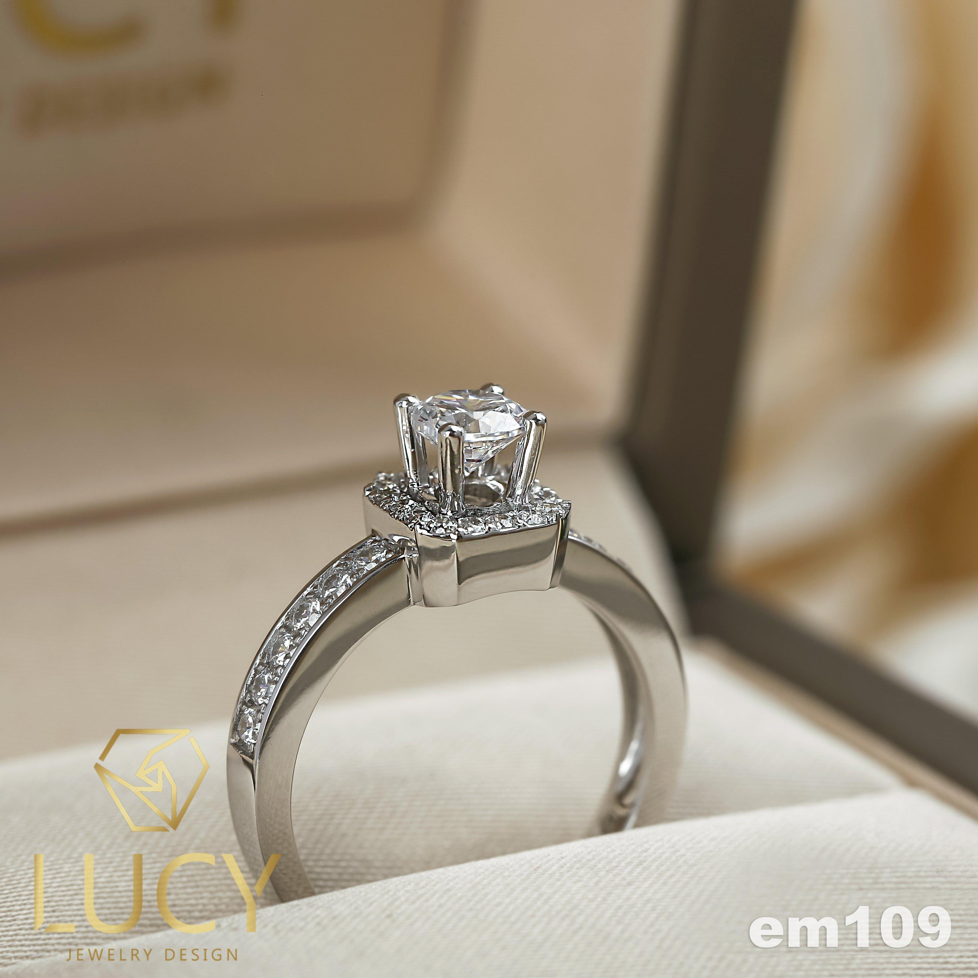 EM109 Nhẫn cầu hôn đính hôn, nhẫn vàng nữ, nhẫn ổ kim cương 4.5mm - Lucy Jewelry
