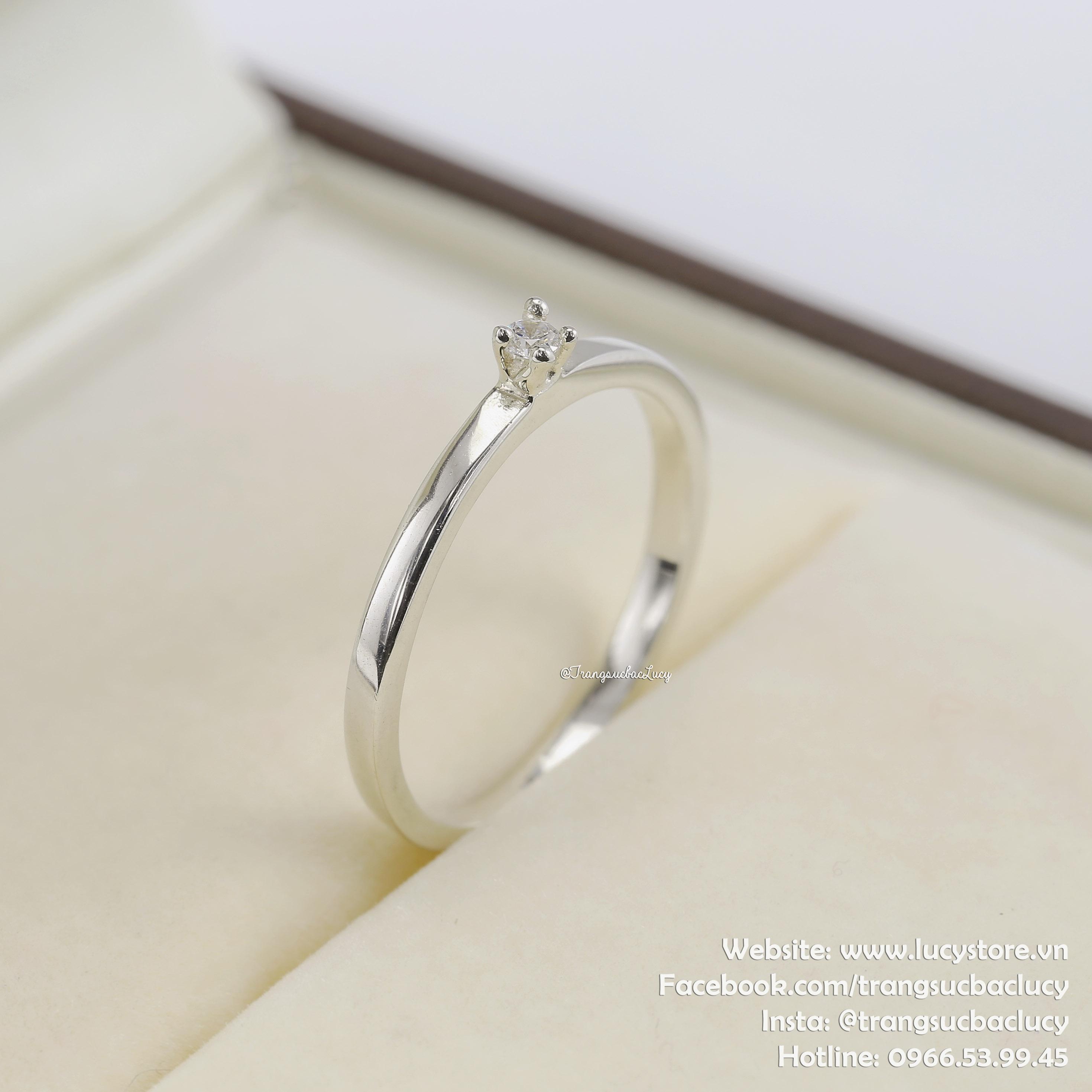 Nhẫn bạc nữ đẹp - RW200