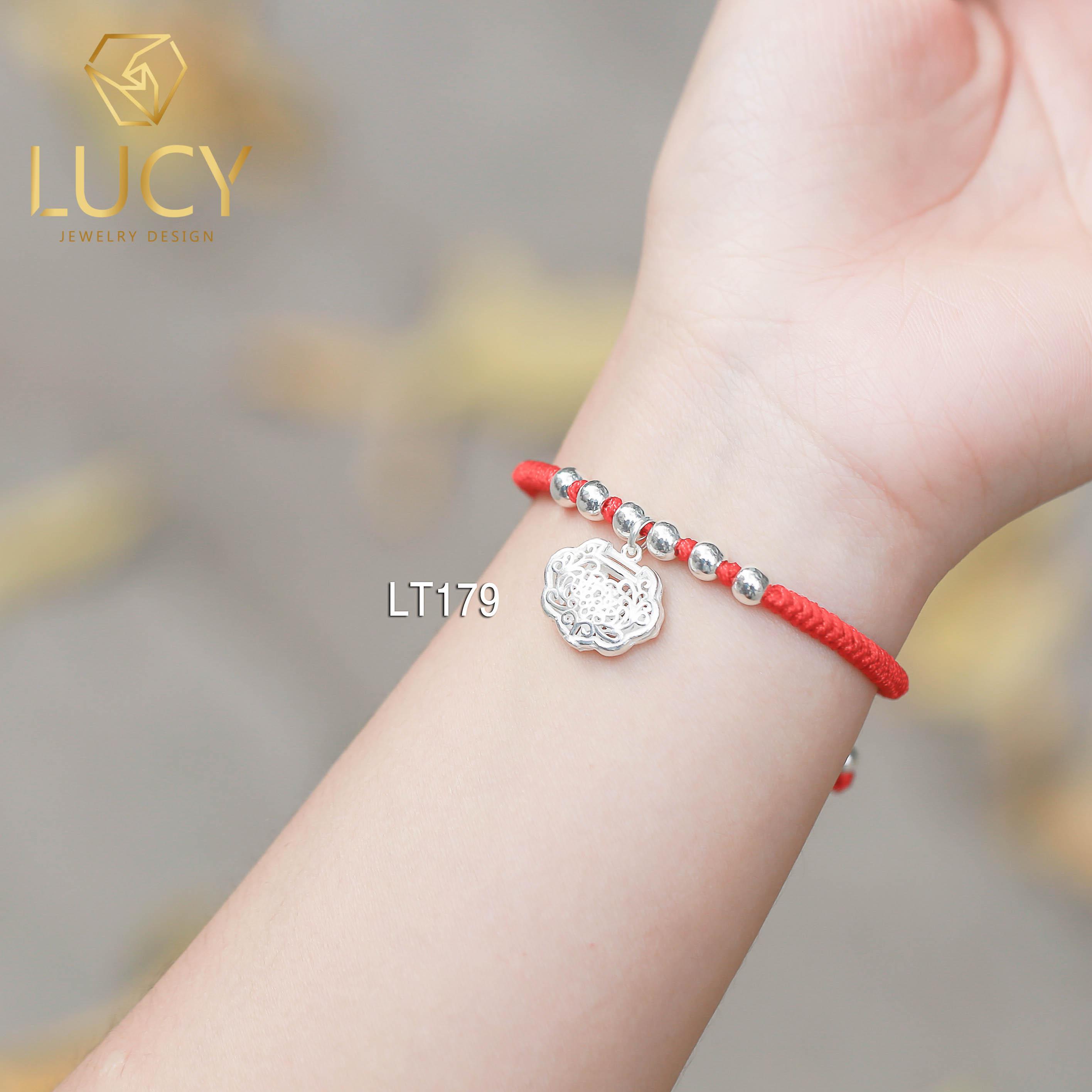 Vòng tay chỉ đỏ charm Trường Thọ  và bi bạc - LT179