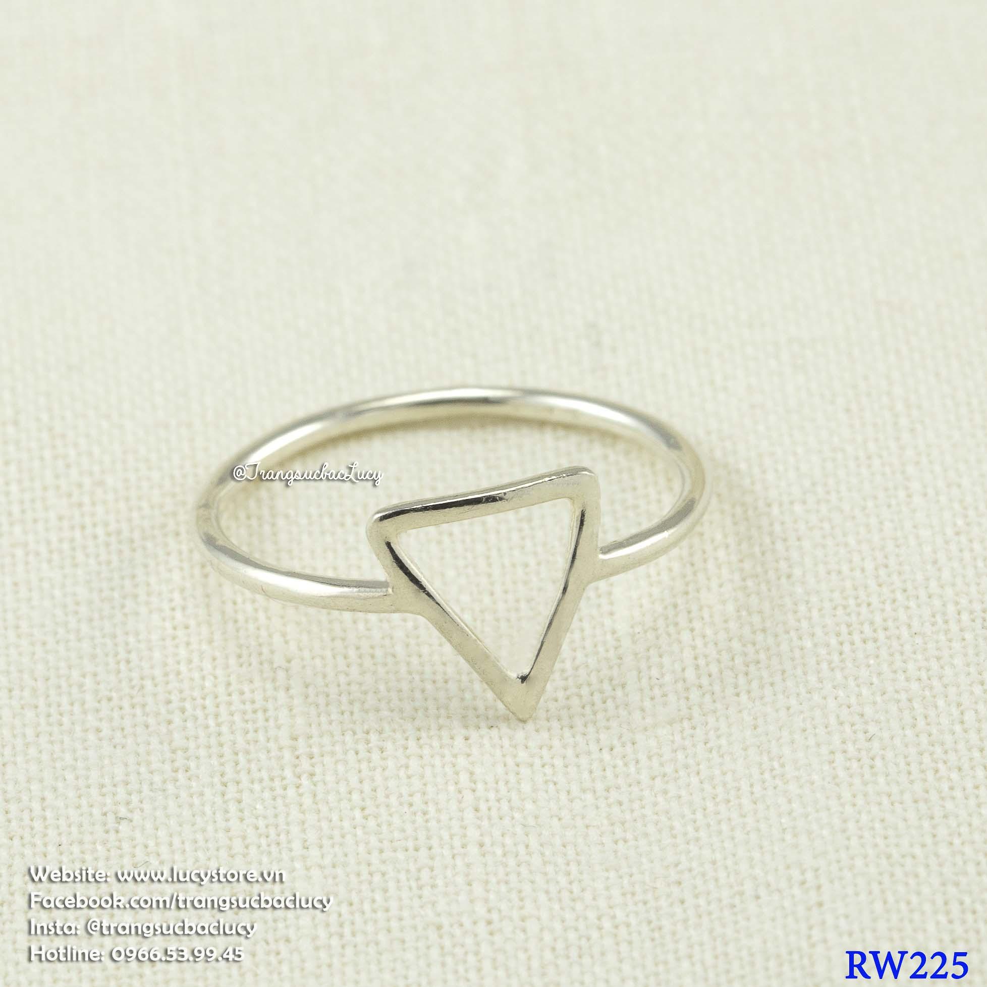 Nhẫn tam giác - RW225